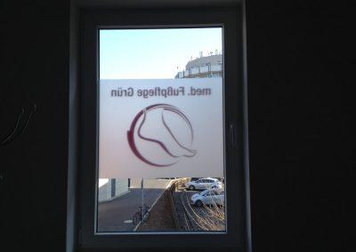 Glasdekor mit Logo